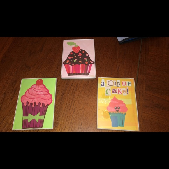 Small cupcake pictures!( 3)